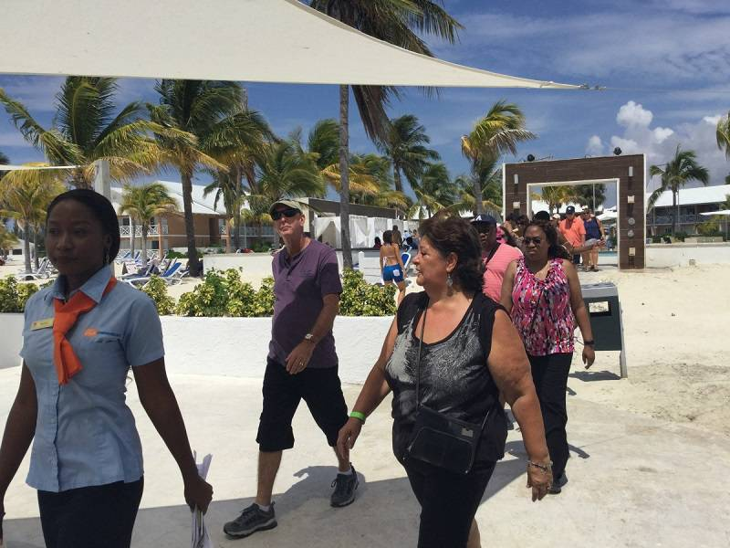 Over 200 Travel Agents Tour Freeport in the Bahamas