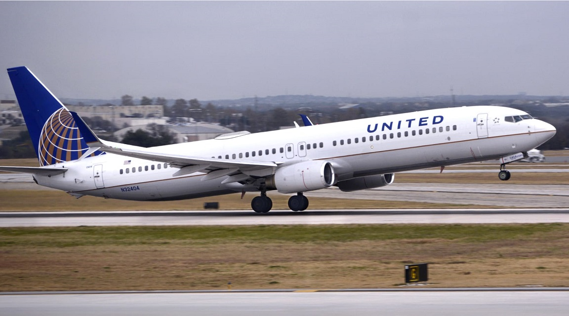 United Airlines To Fly 300 Americans Home From The Dominican Republic