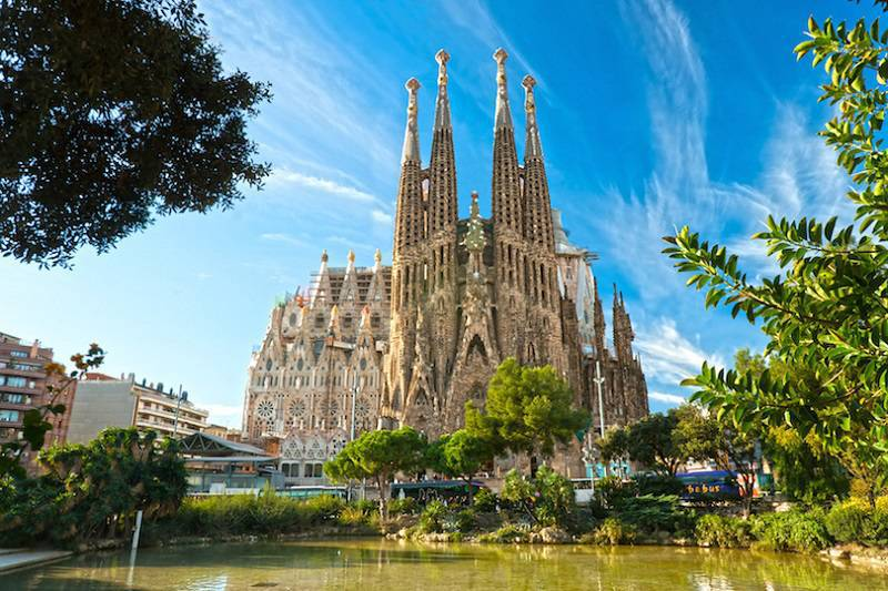 Spain Tops the List of Most Sought-After Destinations for UK Tourists