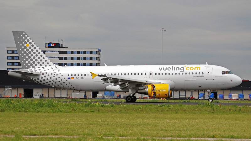 Vueling Airlines Unveils New Booking System with Expedia