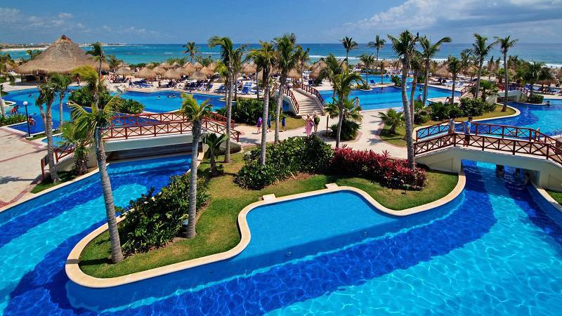 Luxury Bahia Principe Cayo Levantado to Undergo Transition