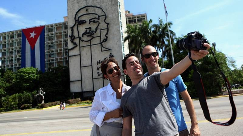 Cuba Rakes in Four Million Tourists for Third Year Running