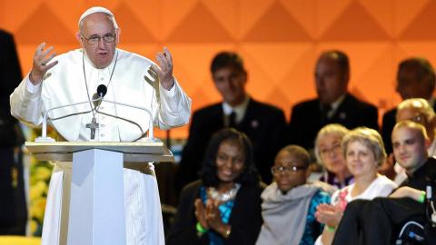 Pope Francis Addresses Thousands at Festival of Families in Philadelphia